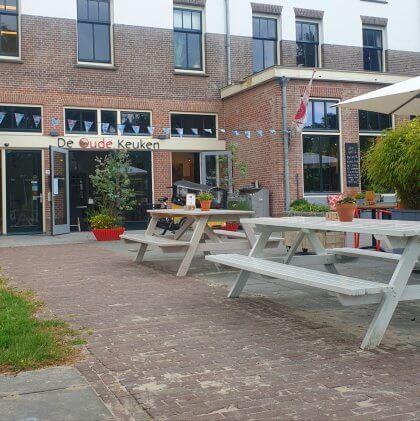 Kindvriendelijke restaurants en hotels: met speeltuin en ander leuks. De Oude Keuken in Bakkum in Castricum.